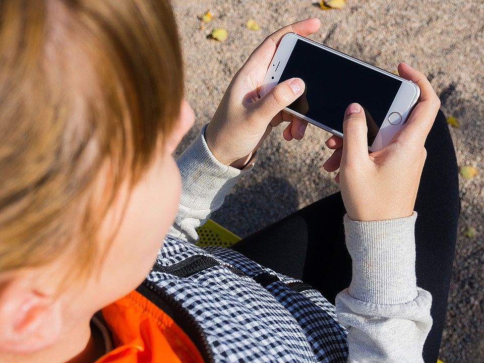 The Great Smartphone Debate: Is Your Child Ready for a Mobile?
