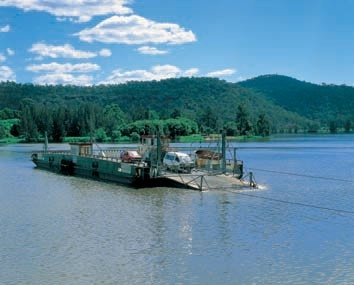 Webbs Creek Ferry, Wisemans Ferry