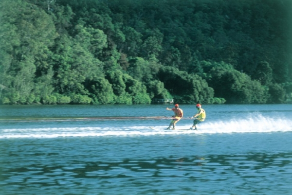 Skiing on the Hawkesbury River